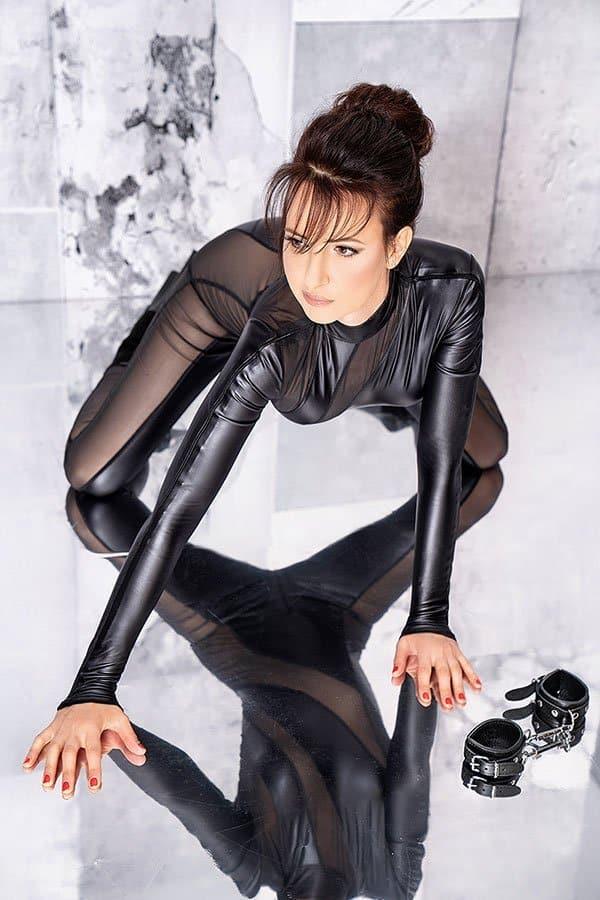 Mistress Nadja Wunderschöne strenge Domina » Dominacall24